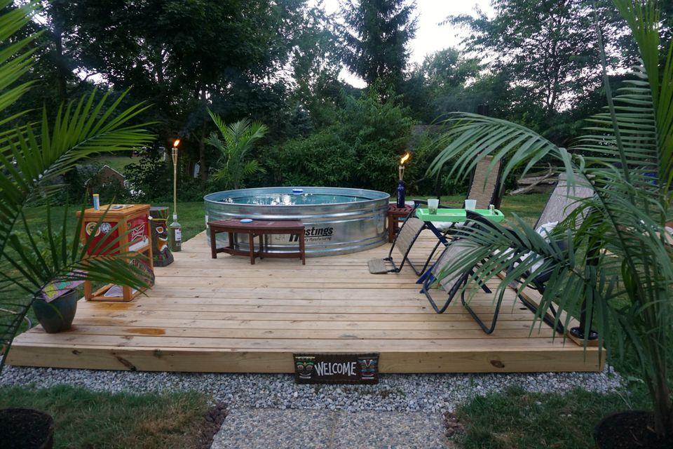 Kolam renang minimalis tank pools